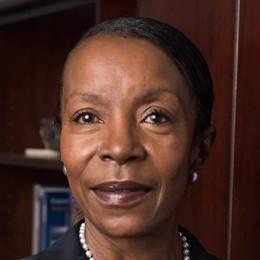 Dr.-Pam-Jackson